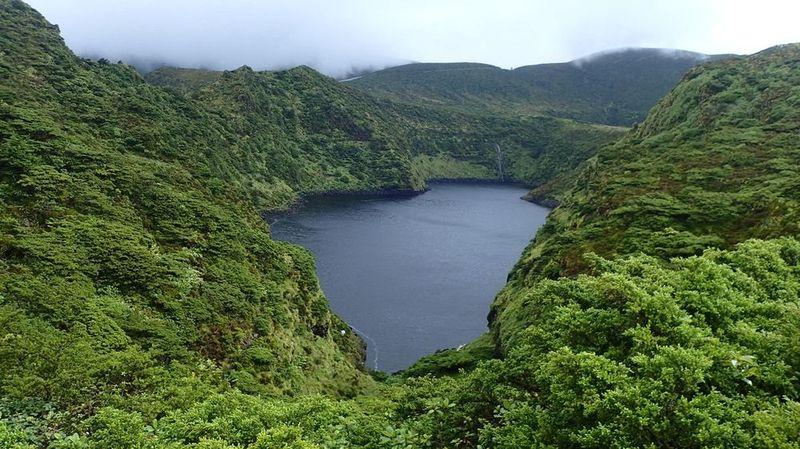 Lagoa Comprida e Lagoa Escura