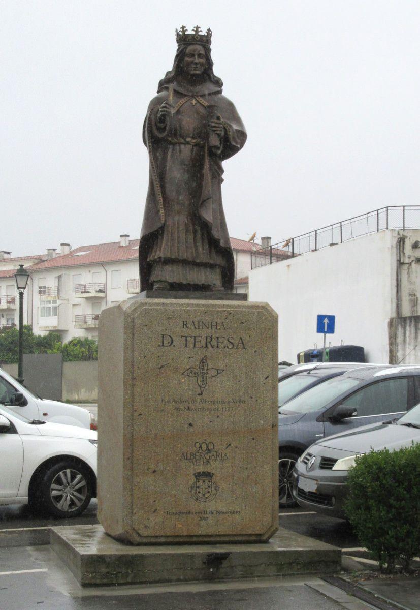 Estátua de D. Teresa