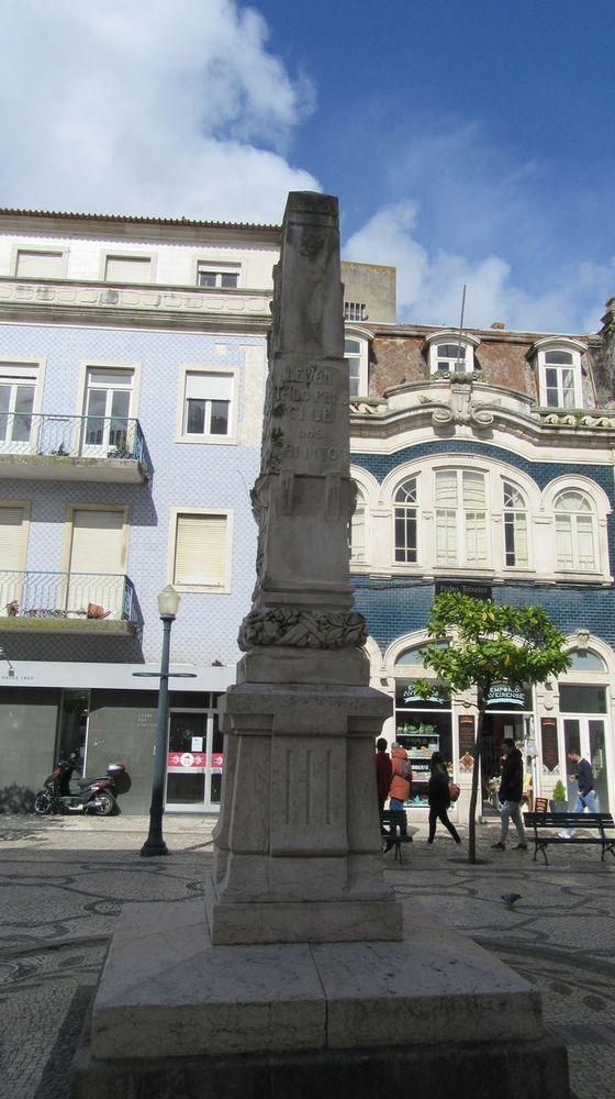 Obelisco à Liberdade