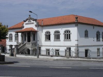 Escola Rodrigues de Faria