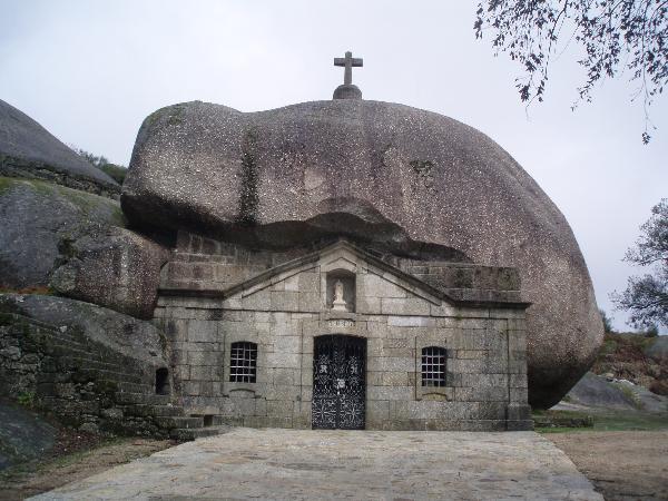 Ermida de Nossa Senhora da Lapa - Visitar Portugal
