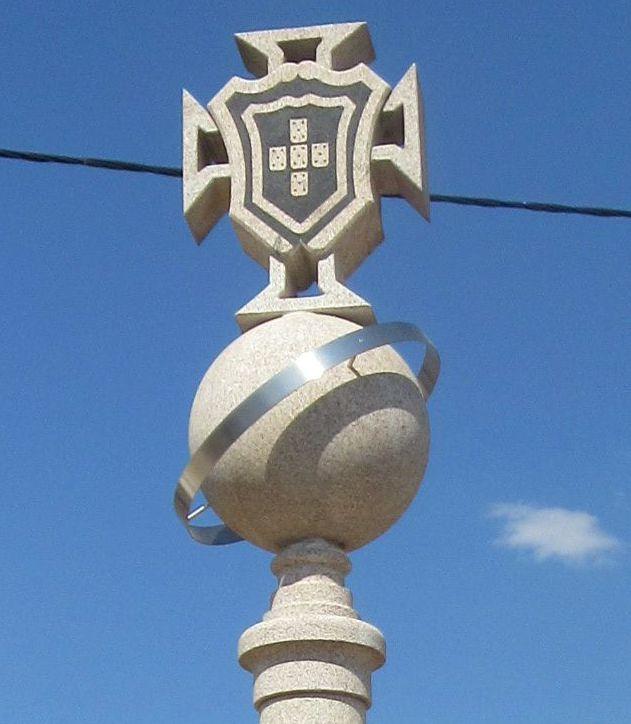 Cruzeiro de Baçal - cimo