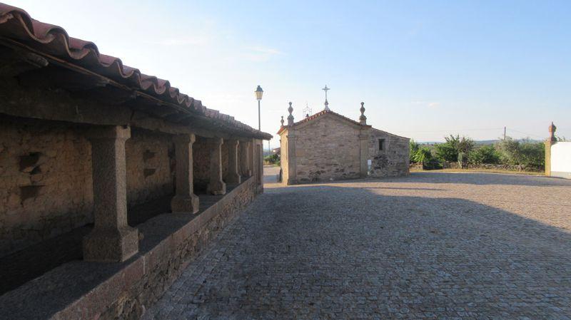 Capela de S. José - terreiro