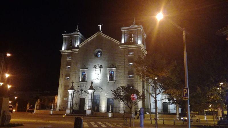Igreja de São Miguel à noite