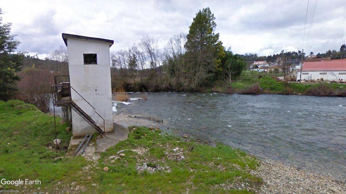 Captação de água no Rio Ceira