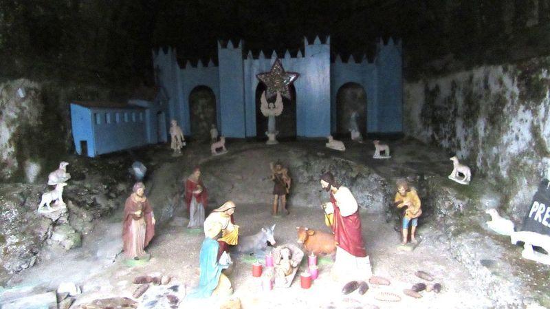 Santuário de Nossa Senhora das Preces - Interior da Capela do Presépio