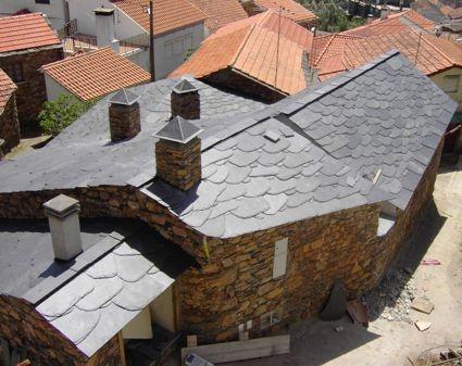 Cabril, casa de xisto