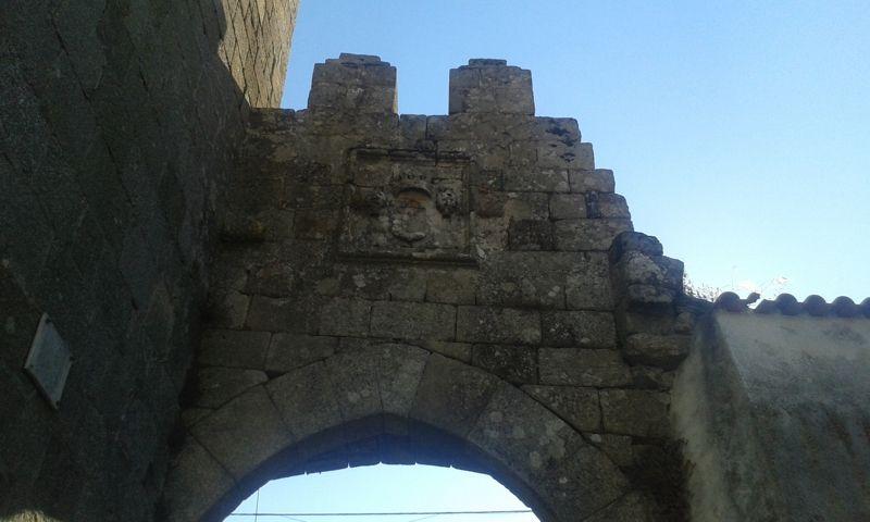 Porta da vila - topo