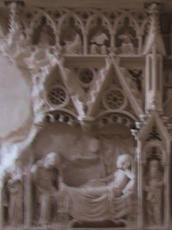 Túmulo D. Inês de Castro - esquerda painel 2