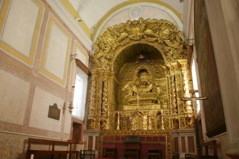 Igreja de S. Pedro - altar-mor