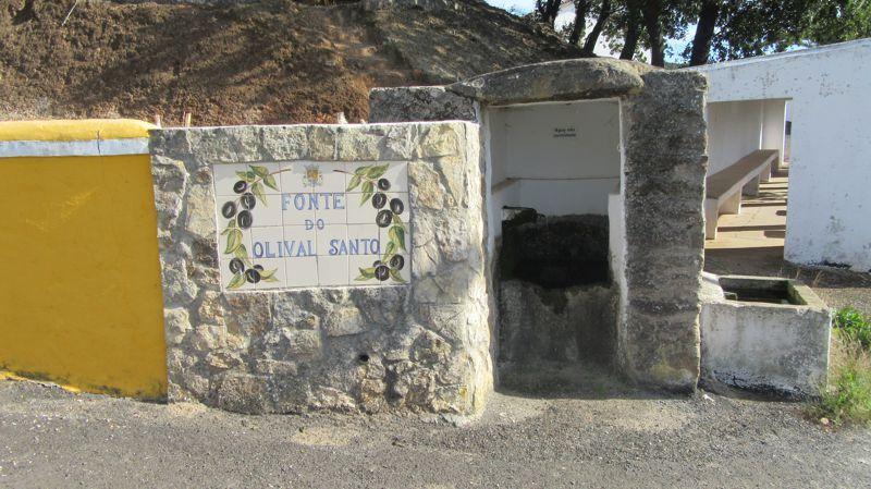 Fonte do Olival Santo e Lavadouro