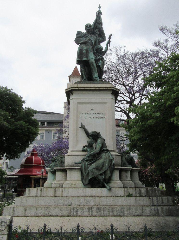 Estátua Marquês Sá da Bandeira