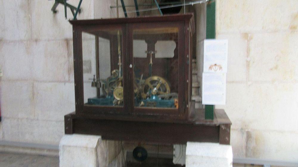 Mecanismo do relógio e do sino