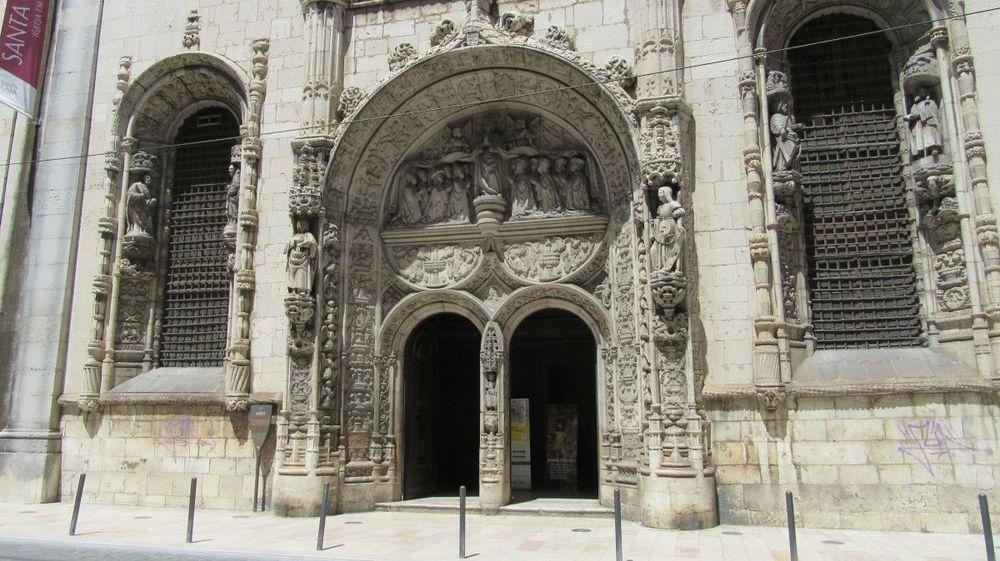 Igreja da Conceição Velha - Portal sul e janelões