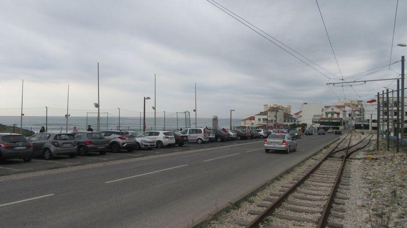 Linha da Praia das Maçãs