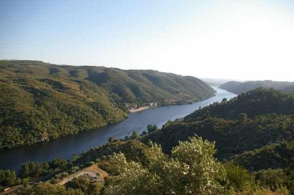 Paisagem sobre o Rio Tejo