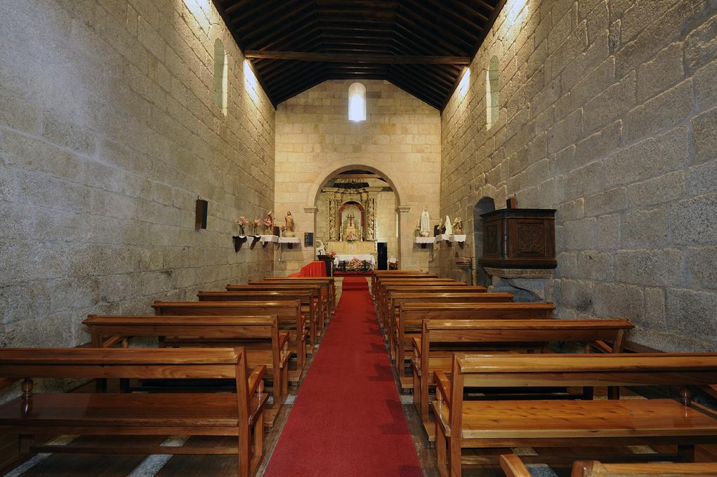 Mosteiro Freixo de Baixo - nave