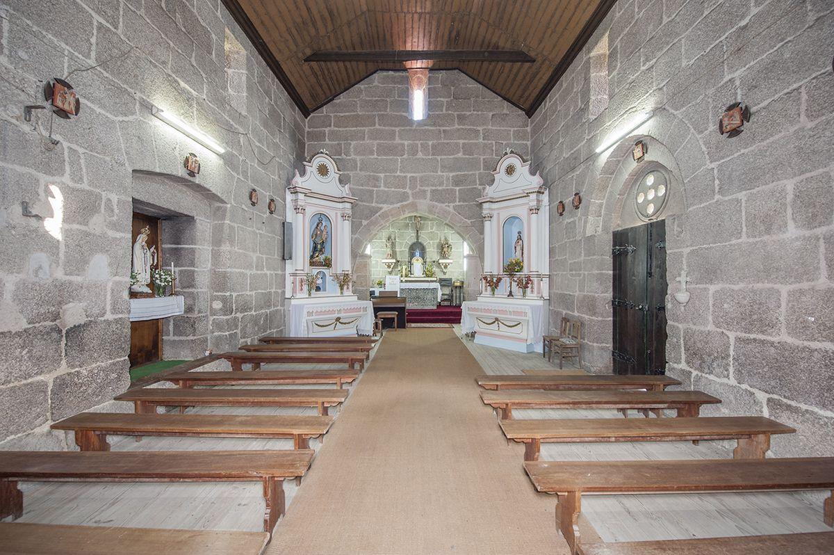Igreja de Jazente - nave