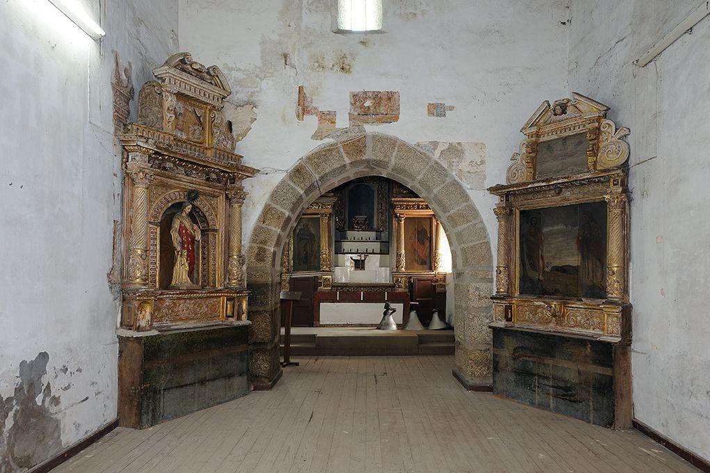 Igreja de Lufrei - altar-mor e retábulos