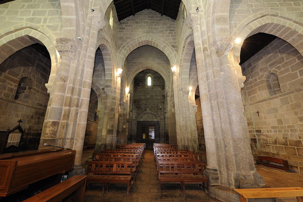 Mosteiro de Travanca - nave