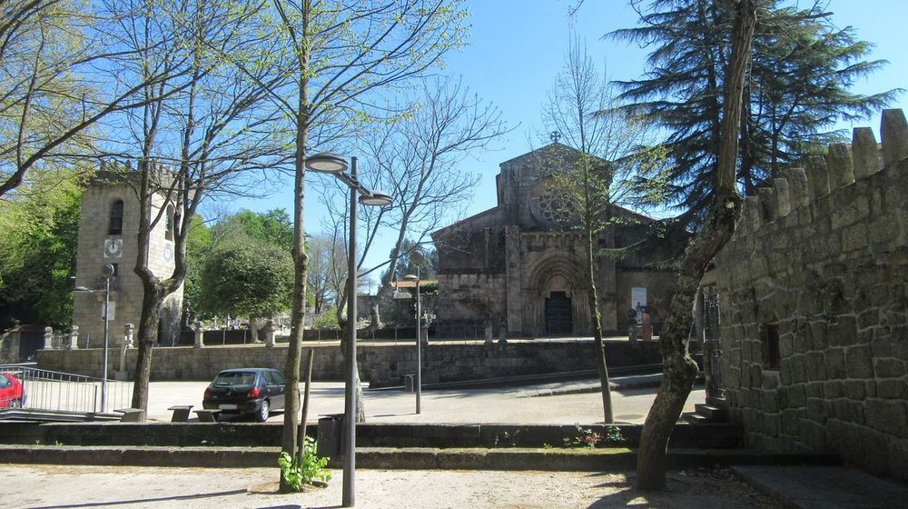 Igreja e Torre