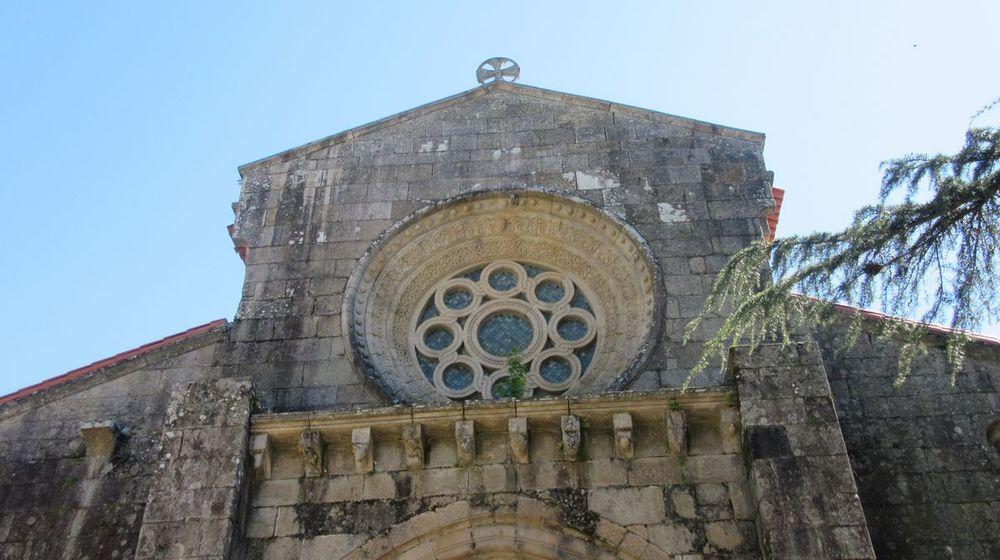 Igreja - rosácea