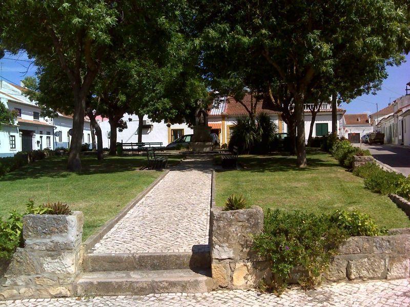 Largo de S. Tiago - Jardim