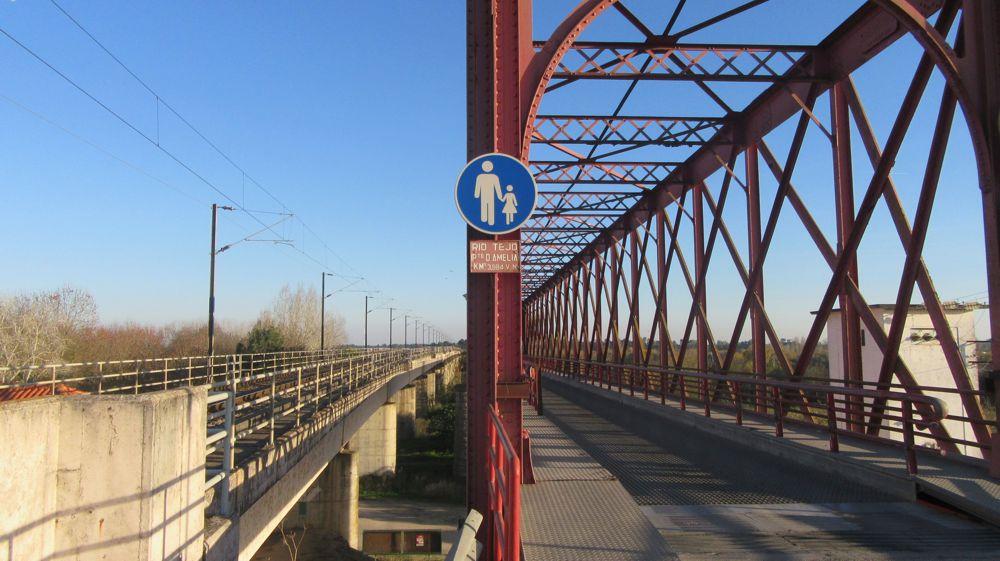 Ponte Rainha D. Amélia