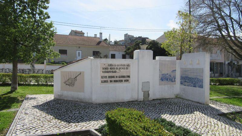 Homenagem a Alves Redol