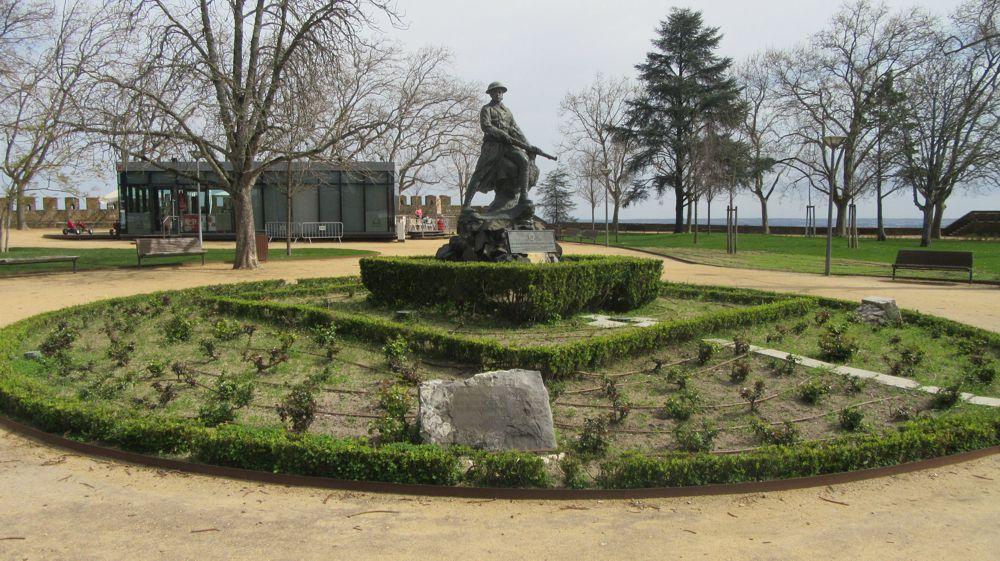 Memorial aos Combatentes