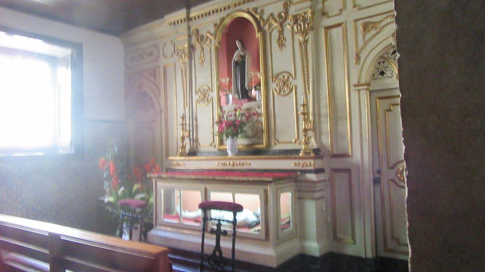 Igreja Sto Estêvão - altar lateral