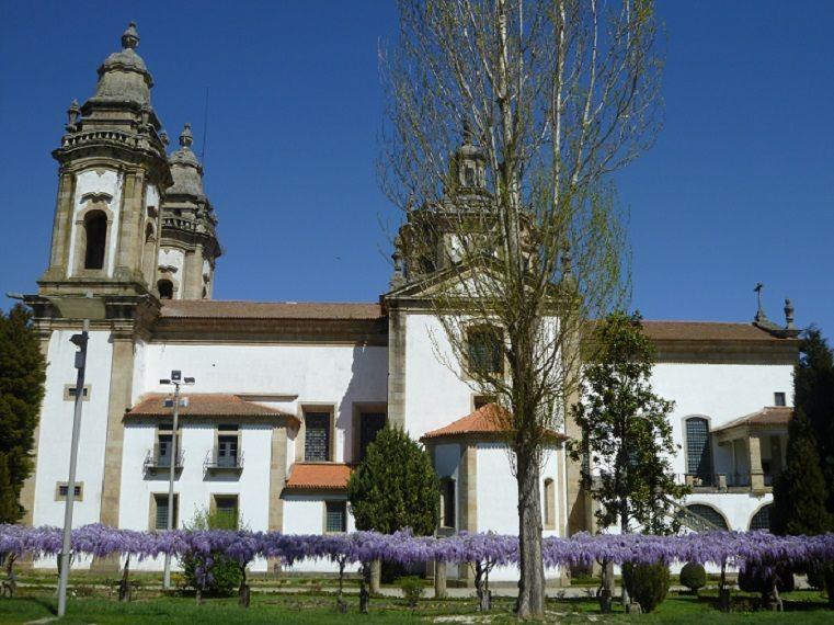 Mosteiro de S. Miguel de Refojos