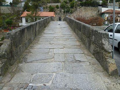 Ponte Romana de quatro arcos