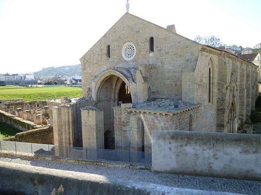 Mosteiro de Santa Clara-a-Velha - Lateral direita