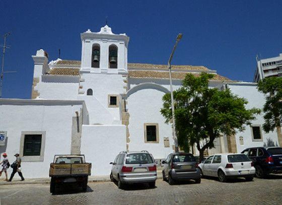 Igreja de S. Pedro - lateral