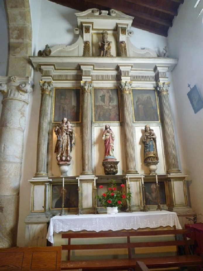 Igreja Matriz - retábulo nave direita