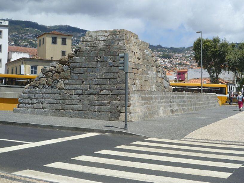 Fragmento da Muralha Sudoeste da Fortaleza de S. Luis