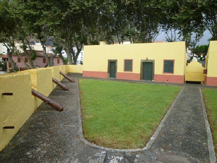 Forte de Nossa Senhora do Amparo - interior