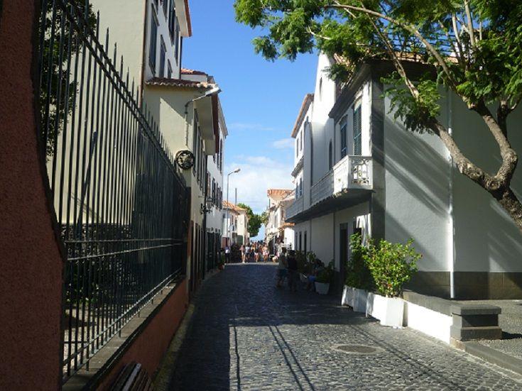 Rua Principal da Zona Histórica