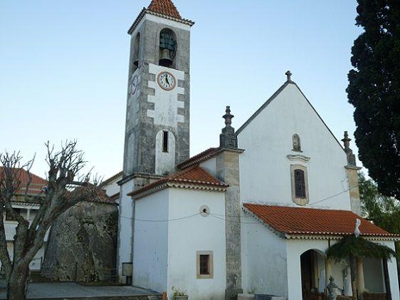 Igreja Matriz e Dolmen