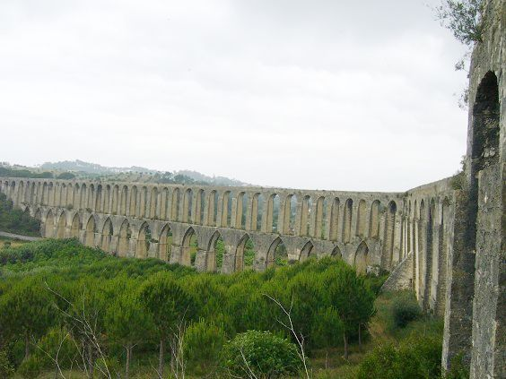 Aqueduto de Pegões