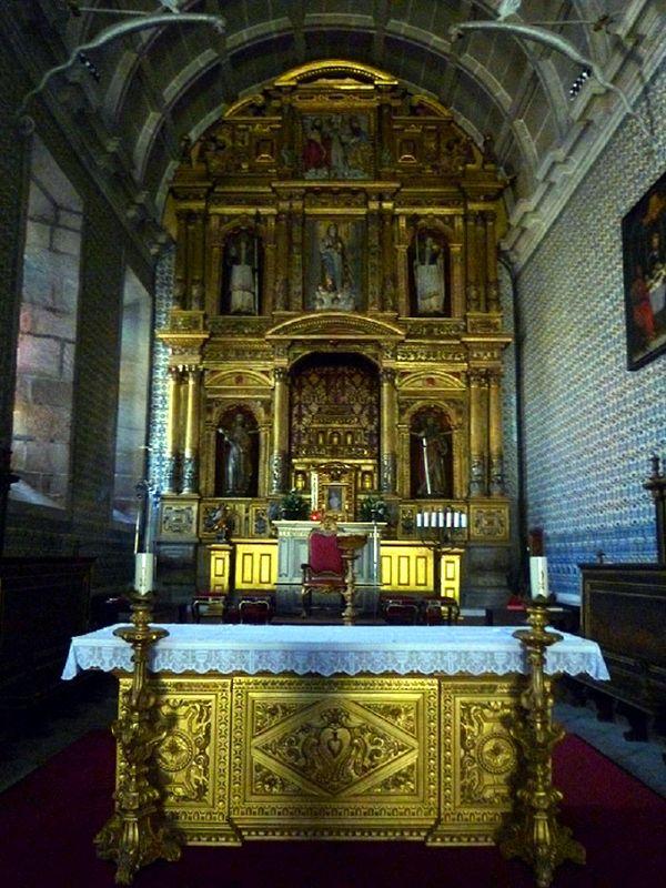 Igreja do Mosteiro de Refoios - Capela-mor