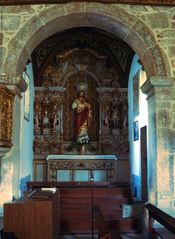 Igreja de São João da Ribeira - Capela Lateral Esquerda