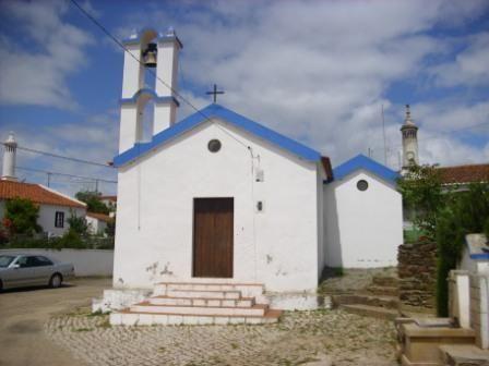 Igreja da Aldeia das Amoreiras